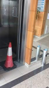 Rádio Cultura 93,9 FM - Bombeiros fazem resgate em elevador